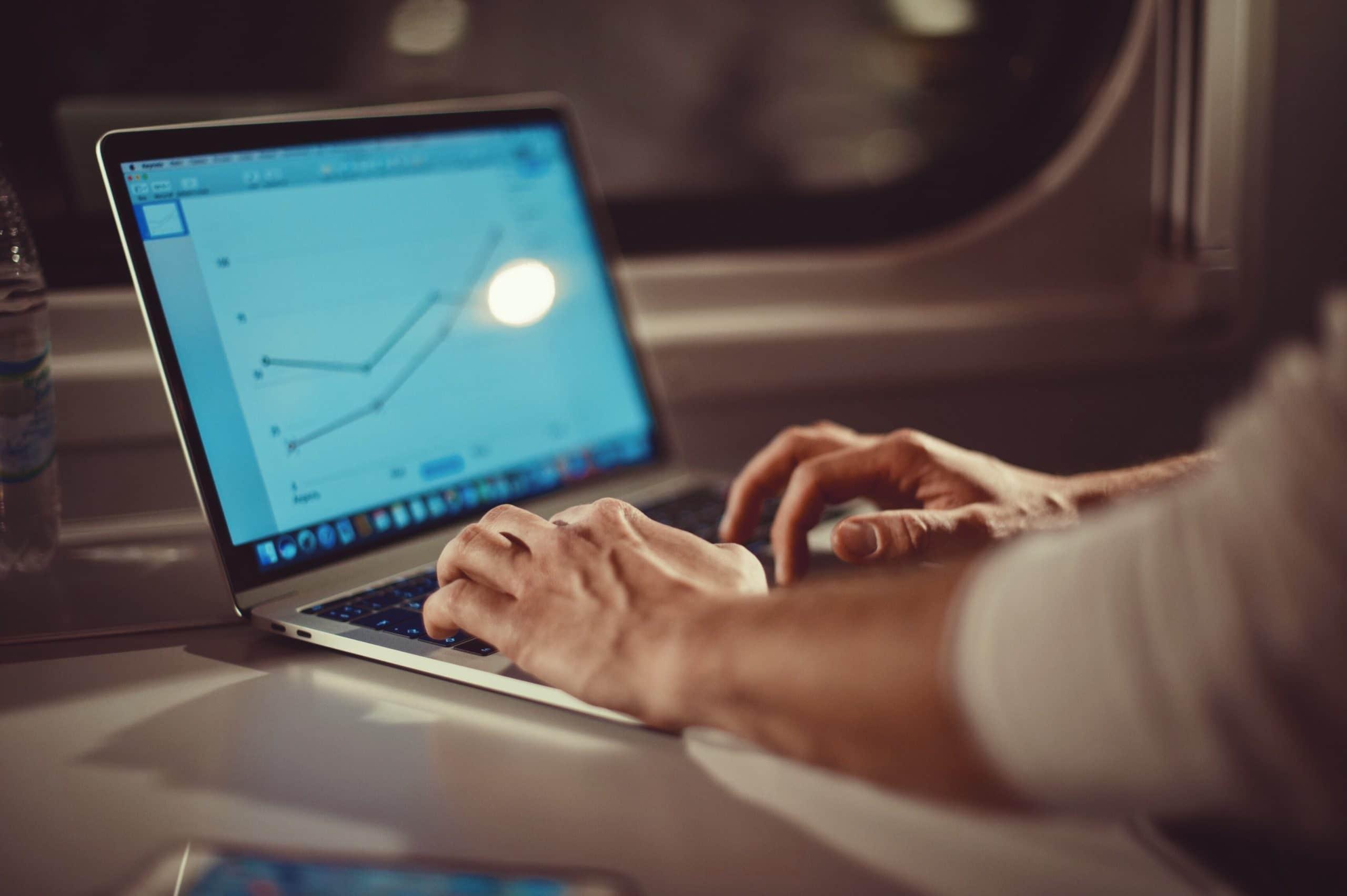 Объем торгов биткойнами на Coinbase достиг максимума года