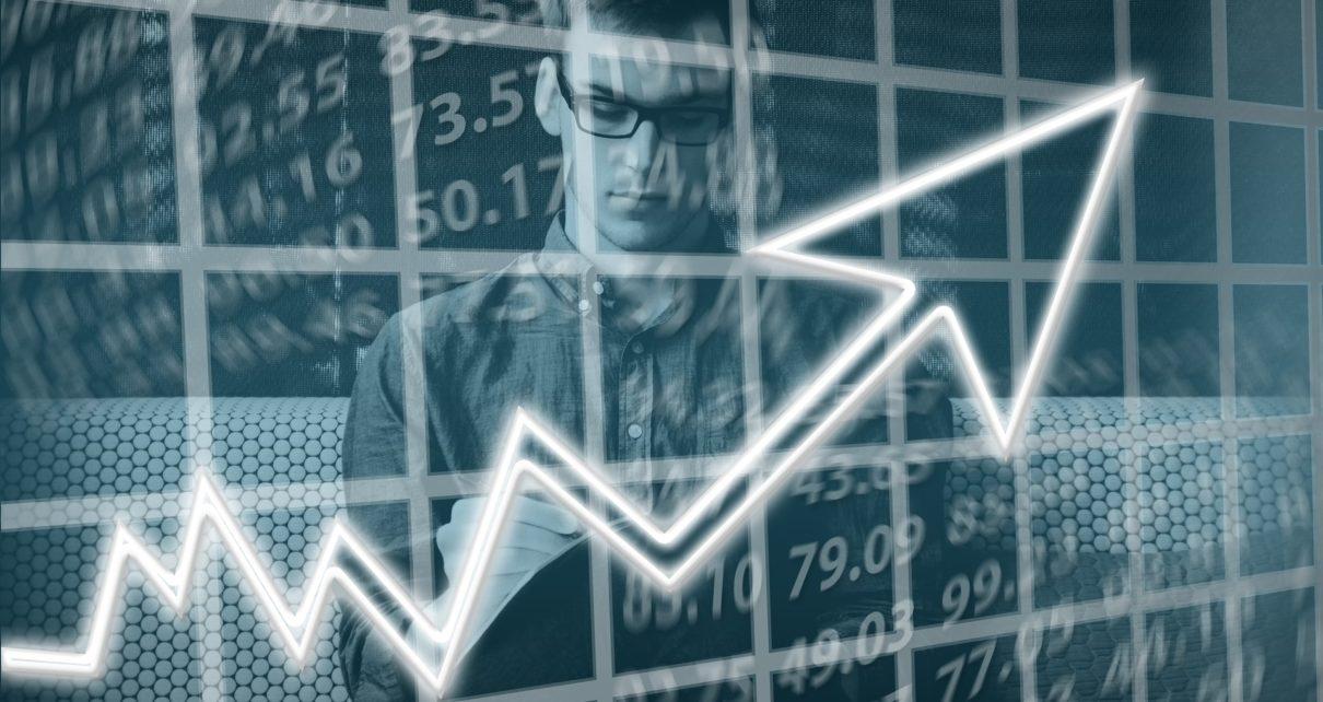 На фондовой бирже Tesla превосходит биткоин