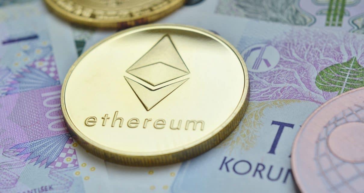 Цена Ethereum нацелена на 300 долларов, но M-Top может переломить тренд