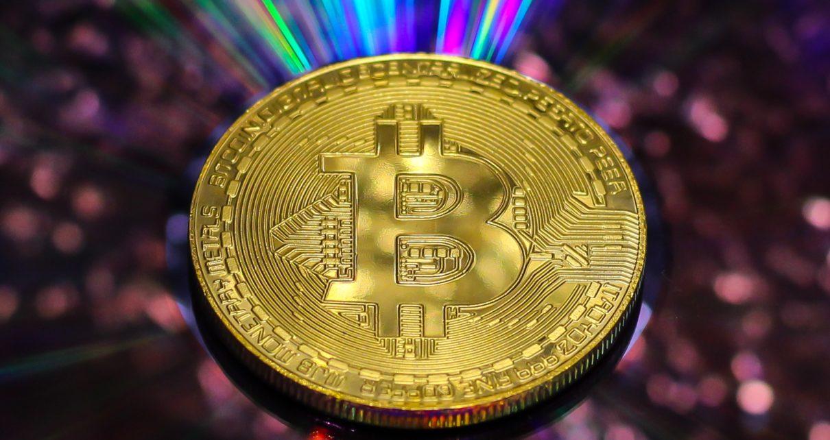 Цена биткоина позволяет избежать прогноза создателя сток-потока на $ 8,2 тыс.