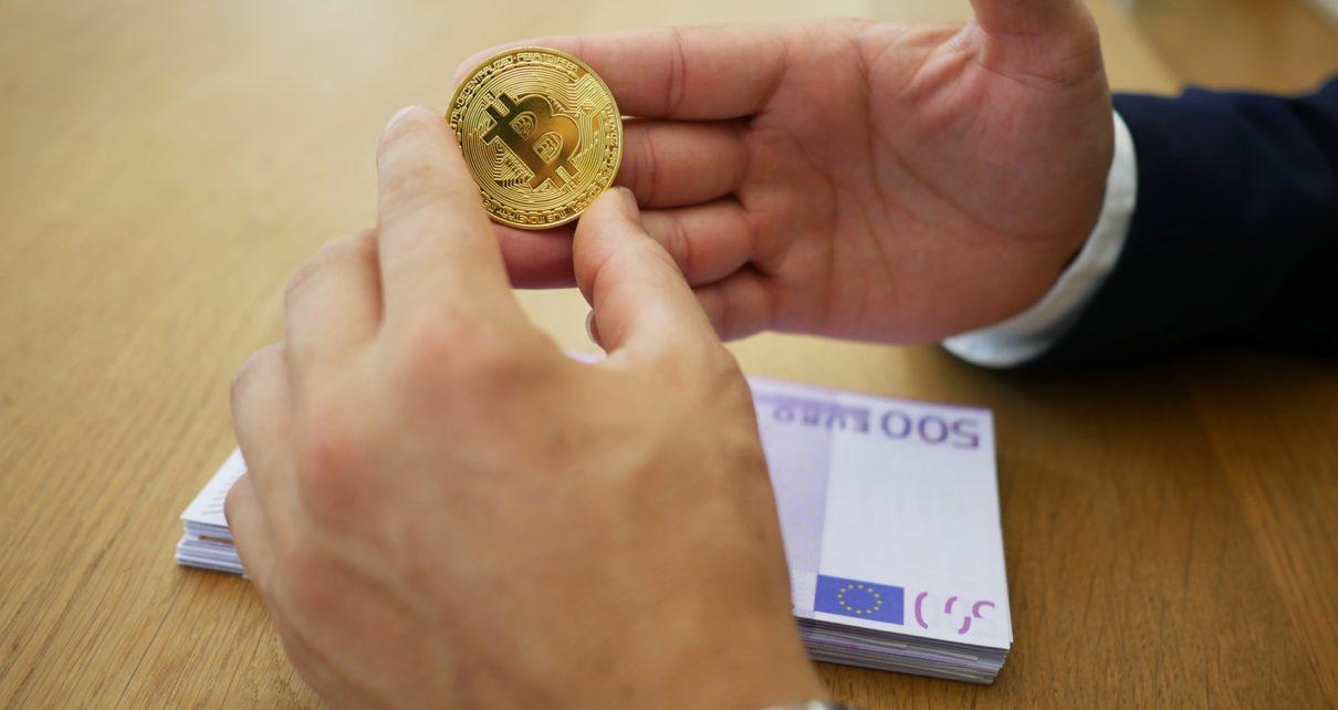 Майк Новограц говорит, что инвесторы потеряли доверие к биткоинам