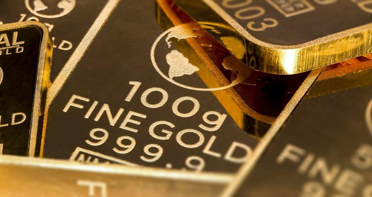 Золото как и биткоин переживает самое большое падение с 2013 года