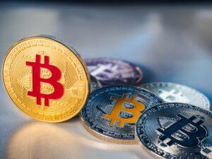 Слабый юань может привести к усилению биткоина
