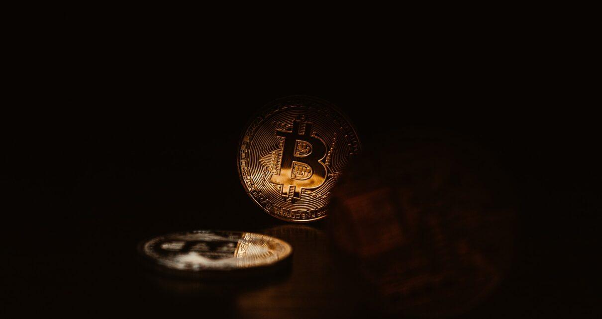 EToro испытал падение роста всех криптовалют