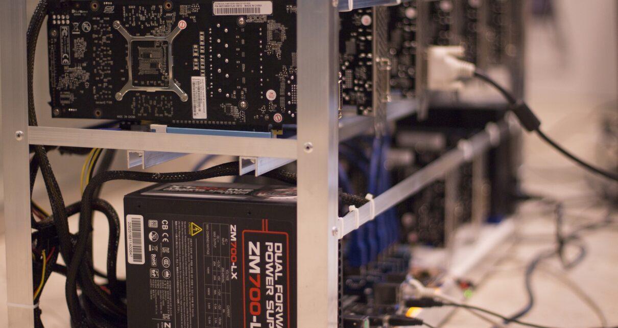 Крипто-майнинг и удаленная работа способствуют росту продаж графических процессоров в России