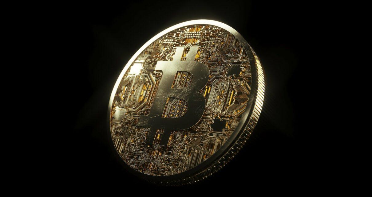 Отток золота толкает биткоин вверх