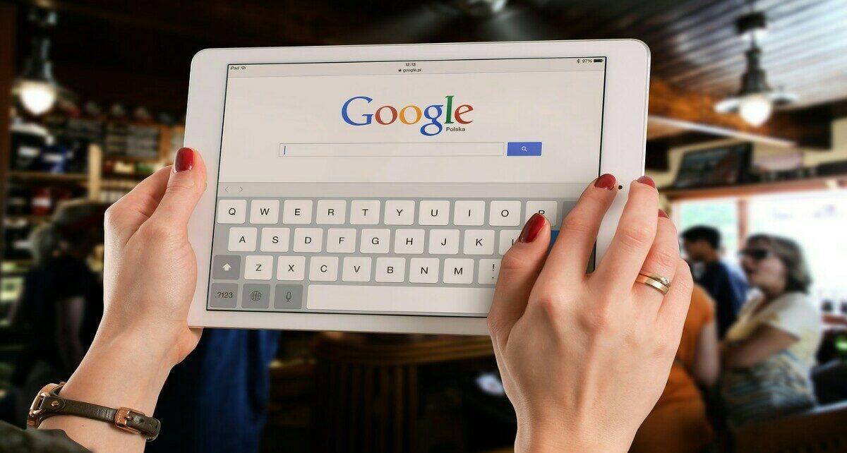 Интерес к Dogecoin в поиске Google впервые превышает биткоин