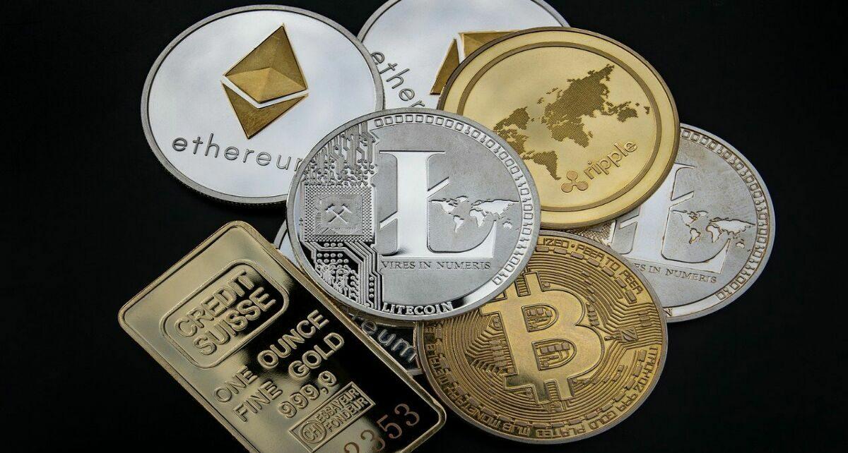 Новый глава OCC просит пересмотреть правила криптовалюты