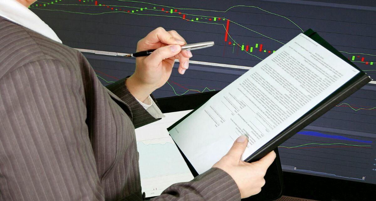 Крупный технологический гигант владеет акциями Coinbase